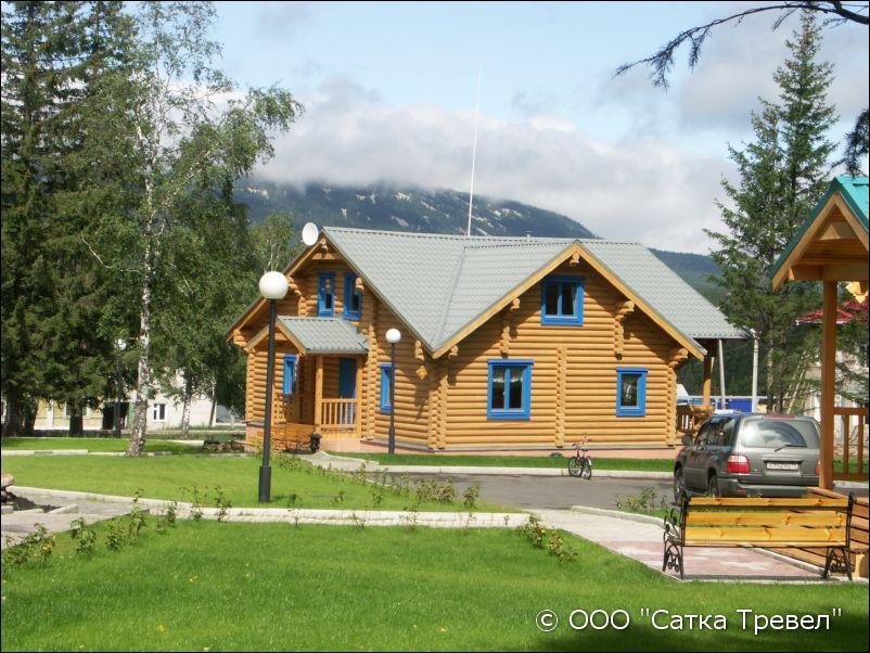 Национальный Парк ЗЮРАТКУЛЬ, база отдыха, озеро Зюраткуль ...