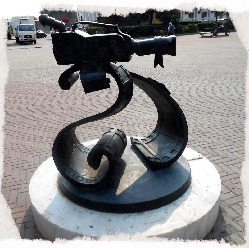 будь в кадре скульптуры на кировке